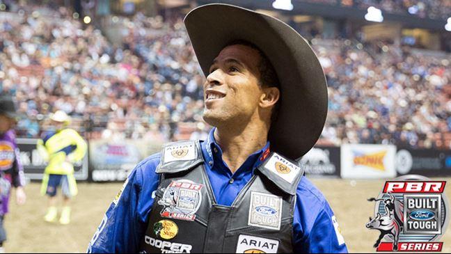 Eduardo Aparecido is ranked seventh in the world standings. Photo by Matt Breneman / BullStockMedia.com.