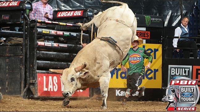 Big Cat and J.B. Mauney will headline the 15/15 Bucking Battle. Andy Watson / BullStockMedia.com
