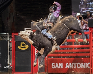 Pair of Claytons Hit Jackpot at San Antonio Rodeo