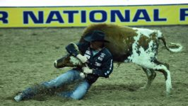 Irwin Opens WNFR with 3rd-Place Check
