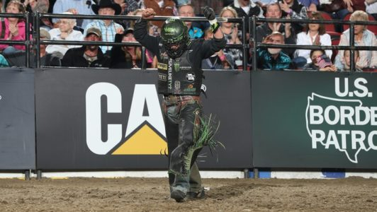 Outlaw Wins Clovis To Cut Leme S World Lead To 79 16