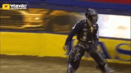 Daylon Swearingen Wins Round 9 of Bull Riding
