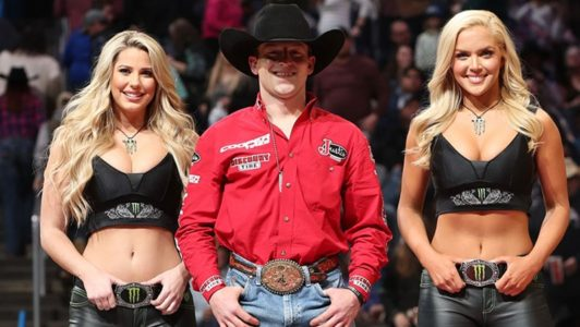 Oklahoma S Own Brennon Eldred Wins Round 1 In Oklahoma
