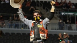 Moreira Delivers Career-Best Performance to Win PBR's Sioux Falls Invitational