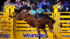 Aus Keeps to the Basics at the Wrangler NFR