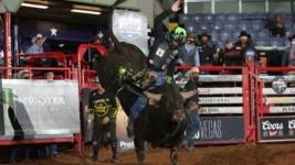 Leme Dedicates Round 1 Win in Fort Worth to Newborn Son Theodoro