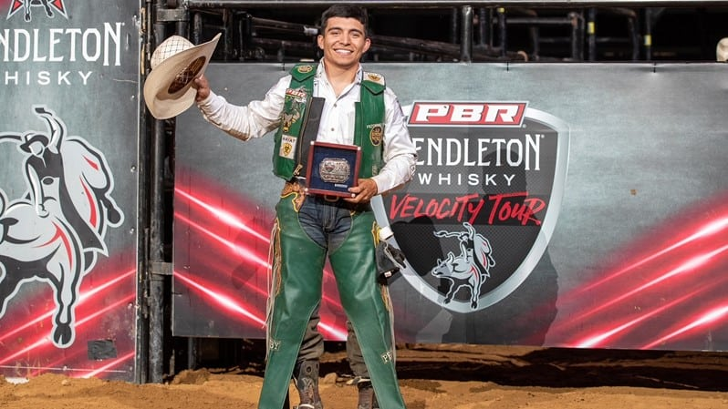 Alvidrez Wins Pendleton Whisky Velocity Tour PBR Bluff City Classic
