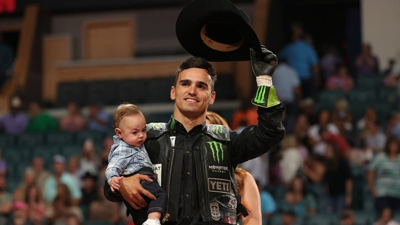 Leme Records Highest Marked Ride in the History of PBR